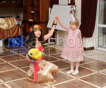Моана и Мауи поздравили именинницу с пятилетием